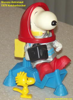 Snoopy Astronaut, 1979 Knickerbocker - Airplanes and Rockets
