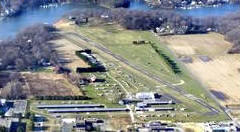 Photo of Lee Airport, Edgewater, Maryland, by John Shoemaker - Airplanes and Rockets